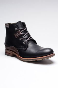 Cat Warren Boots