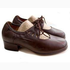Unworn Vintage Dark Brown cut out leather mary jane shoes