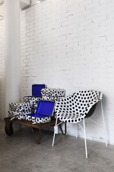 Laja sessel f r wartebereich von pedrali bei designfund for Sessel wartebereich