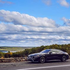 The S-Class Coupe, with uninterrupted B-pillars and a panoramic glass roof, enables you to take in all the views around you while providing a nice view for everyone else.  #MBPressDrive #SClass #Coupe #4MATIC #S550 #Mercedes #Benz #instacar #carsofinstagram #germancars #luxury