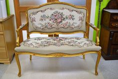 Elegant Tapestry Settee With Nailhead Trim, Gold Gilt Frame and Queen Anne Legs