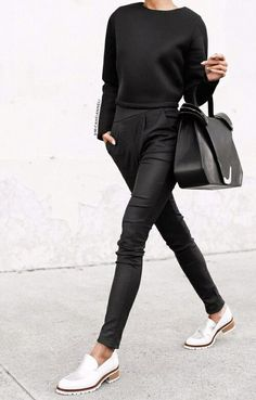 ♥️ Pinterest: DEBORAHPRAHA ♥️ all black outfit and white shoes