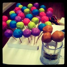Add neon food coloring to white candy melts= Neon Cake Pops