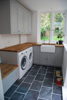 45 Attractive Laundry Room Tile Design Ideas - Page 8 of 54 Laundry Room Lighting, Mudroom Laundry Room, Laundry Room Remodel, Small Laundry Rooms, Laundry Room Organization, Laundry In Bathroom, Room Tiles Design, Laundry Room Design, Design Kitchen