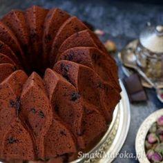 Wilgotne muffiny mocno czekoladowe - SmakiMaroka.pl Pierogi, Menu, Bread, Cookies, Breakfast, Food, Menu Board Design, Crack Crackers, Morning Coffee