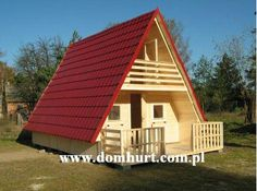 My Favorite Design! Holiday Homes - Sok - Home Decor A Frame Cabin, A Frame House, Small House Floor Plans, House Plans, Pyramid House, Cute Small Houses, Alpine House, Unusual Homes, Cabin Homes