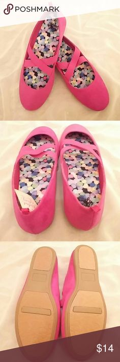 **Pretty magenta ballet flats** These are so cute on & a gorgeous color that will add a perfect POP to your outfit!!! Has such a pretty feminine look... The cute criss cross elastic tops it off!! :) Shoes Flats & Loafers