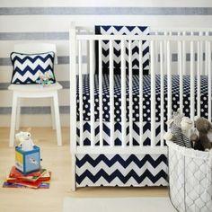 New Arrivals 2-Piece Crib Set (Zig Zag Navy) - www.rightstart.com