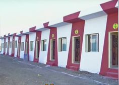 Pengusaha ini hebohkan netizen karena membangun 90 apartemen yang dibagikan gratis ke gelandangan. Apa alasannya?