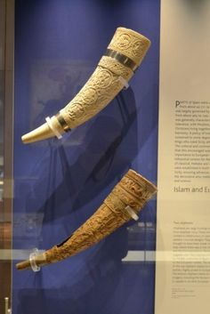 From the Thracians to the Vikings, a celebration of the drinking horn Anglo Saxon Chronicle, Viking Art, In Ancient Times, Mead, Ancient Artifacts, Horns, Vikings, Ale, Drinking