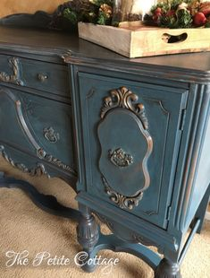 Shading and distressing with Annie Sloan Chalk Paint Vintage Sideboard, Furniture Decor, Distressed Furniture Painting, Furniture, Distressed Furniture, Repurposed Furniture, Furniture Fix, Carved Buffet, Vintage Furniture