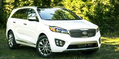 The new #Sorento receives 5 star rating by @NHTSAgov, proving to be the perfect getaway vehicle! #SoIDEAL #Kia