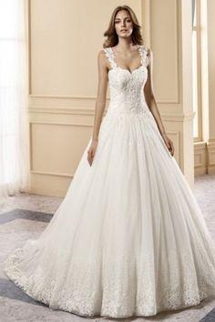 Maria Pilar - abito da sposa con spalline in pizzo, schiena scoperta, scollo a cuore,tessuto tulle