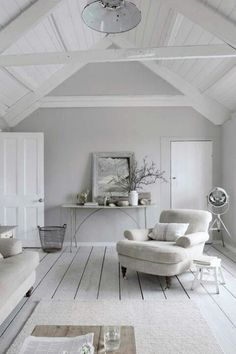 A good example of playing around with various tones of white. Covering the spectrum from white to grey.
