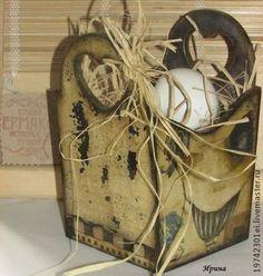 Корзинка для хранения - коричневый,Декупаж,петухи,корзинка,емкость для хранения Cardboard Recycling, Bottle Box, Grapevine Wreath, Burlap, Reusable Tote Bags, Decoupage Ideas, Jars, Bottles, Home Decor