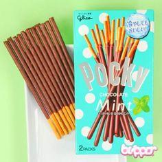 Pocky Biscuit Sticks - Mint Chocolate - Candy & Snacks | Blippo.com - Japan & Kawaii Shop
