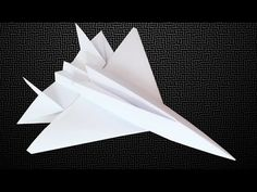 How to make a paper airplane [ paper airplanes ] or paper plane that flies. On this origami tutorial, I will show you step by step instructions of how to mak. Origami Paper Plane, Origami Airplane, Origami Frog, Paper Crafts Origami, Origami Tutorial, Origami Easy, Oragami, Paper Airplane Models, Make A Paper Airplane