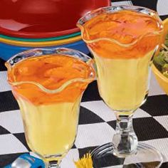 Winner's Trophy Dessert Recipe -Lemon and orange gelatin make these tangy trophies simple, but vanilla ice cream and mandarin oranges are what really get the crowd cheering. Jello Gelatin, Gelatin Recipes, Jello Recipes, Dessert Recipes, Jello Desserts, Jello Salads, Orange Dessert, Best Gluten Free Desserts, Recipes