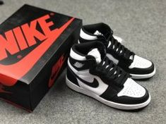 3e1f5a9fdfc9 Nike Air Jordans Retro 1s High Black White 575441-010 Mens Basketball Shoes Jordan  1
