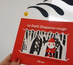 Le Petit Chaperon Rouge | Helium  un livre accordéon avec des décors et des découpes à déplier, à exposer et à lire le soir, pour jouer avec les ombres portées