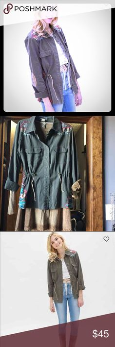 Gimmicks Jacket New with tags, perfect for layering. Size medium but could easily fit a large. Price is firm. BKE Jackets & Coats Utility Jackets