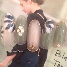 Very cute nails. Fancy Nails, Pretty Nails, Nail Selection, Kawaii Nails, Marble Nail Art, Japanese Nail Art, Oval Nails, Flower Nail Art, Hot Nails