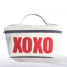 """XOXO"" Medium Travel Case"