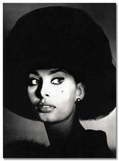 Sophia Loren photographed by Irving Penn