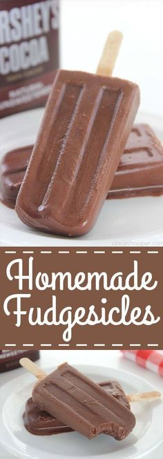 Fudgesicles Homemade Fudgesicles - such a tasty, quick and easy cold treat for summer.Homemade Fudgesicles - such a tasty, quick and easy cold treat for summer. Köstliche Desserts, Frozen Desserts, Delicious Desserts, Dessert Recipes, Yummy Food, Yummy Eats, Yummy Appetizers, Desert Recipes, Food Cakes