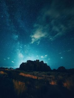 by Nick Verbelchuk Sky Full Of Stars, Stars At Night, Night On Earth, Theme Background, Sketch A Day, Cool Landscapes, Out Of This World, Dark Night, Flowers Nature