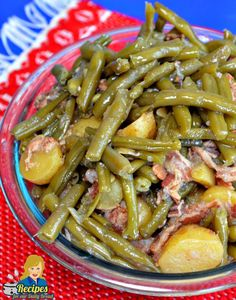 Are you looking to make Southern Green Beans? Nothing better than green beans, potatoes, bacon, garlic, onion, chicken broth, pepper, and a hit of sugar?
