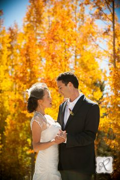 Perfect Fall Wedding in Durango, CO Photography by Allison Ragsdale Photography