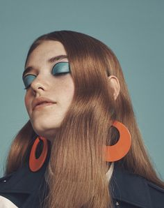 Idée Maquillage 2018 / 2019 : Willow Hand by Emma Tempest for Vogue Japan April 2016 Vogue Japan, Beauty Editorial, Editorial Fashion, Fashion Shoot, Vogue Editorial, Editorial Hair, Editorial Make Up, Editorial Layout, Editorial Design