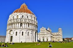 Pisa is a city full of Italian culture, buildings, parks and statues as well as delicious pizza and gorgeous gelato. The top things to do in Pisa. Stuff To Do, Things To Do, Pisa Italy, Interesting Buildings, Taj Mahal, Cathedral, Tower, Architecture, Arquitetura