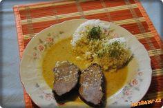 KANČÍ PEČENĚ NA ZELENINĚ SE SMETANOU vkládám na přání Milena D. Drm Steak, Pork, Beef, Kale Stir Fry, Meat, Pigs, Ox, Pork Chops, Steaks
