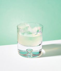 NY Times' cocktail science in Abstract Pantones