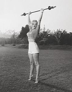 OH LOOK!! Marilyn lifted weights too! :)