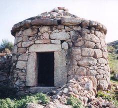 """""""Chafurdôm"""" del Val de Xátima. España. In: Blog 'arquitecturadelpueblo'. Texto de J. L. Martín Galindo."""