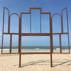 Standing strong #Oostende #sea #beach #art #