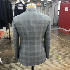 Made by Hand- the great Sartorial Debate: Something new for next spring---no tutorial or anything; just wanted to show how perfectly the plaid is matched at the seams!
