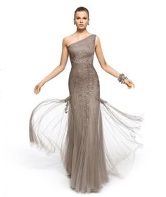 Veja a galeria com 20 modelos de vestidos para madrinhas de casamento