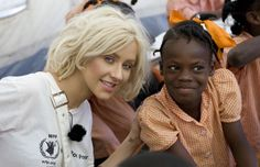 Christina Aguilera Supports World Food Program to solve global hunger. Please Donate @ http://sprtz.us/WFPUSA