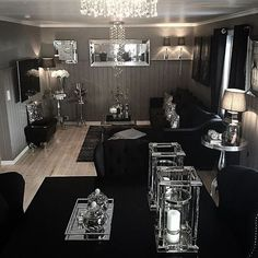Dark interiors are edgy, trendy, enigmatic, sophisticated. Let yourself be inspired by moody and ecletic interior decor ideas. Glam Living Room, Living Room Decor Cozy, Home Decor Bedroom, Living Spaces, Bedroom Ideas, Gothic Living Rooms, Living Room Decor Inspiration, Living Room Accessories, Interior Decorating