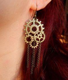 Bronze tone cog gears Steampunk earrings by OoakCraftsShop on Etsy Collar Steampunk, Style Steampunk, Steampunk Earrings, Steampunk Design, Steampunk Costume, Steampunk Clothing, Steampunk Fashion, Gothic Fashion, Steampunk Kids