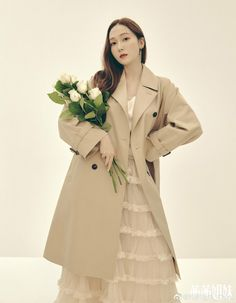 Ice Princess, Golden Star, Jessica Jung, Korean Entertainment, Ice Queen, American Singers, Beautiful Asian Girls, Covergirl, Snsd