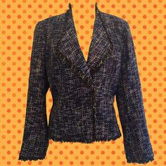 • vintage 90s Debbie Shuchat Collection blazer • woven with various blues, grey, yellow and orange • combination of acrylic, wool and nylon • super soft • size 2 • shoulder: 16 • bust: 36 • sleeve: 23 1/2 • length: 23   vintage though it is, still a cool update on the classic blazer!   ❉ ❉ ❉  check out www.instagram.com/vintish.nyc for other amazing post-90s items!  ❉ ❉ ❉  as with all vintage items, expect some wear. i inspect everything to make sure its just as described, but im ha...