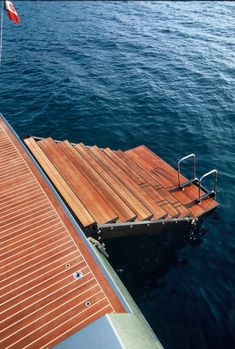 Wallypower 118 - luxury and fast yacht - Steps to water/Swimming platform