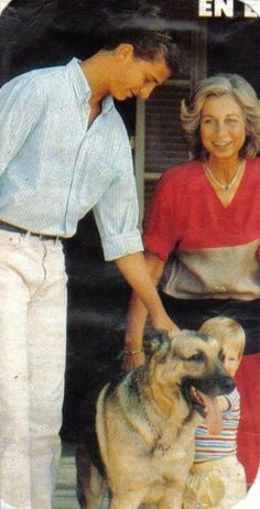Prince Felipe and Queen Sofia of Spain, Prince Harry & GSD Greek Royal Family, Spanish Royal Family, Spanish Royalty, Estilo Real, Princesa Diana, Blue Bloods, Royal House, Queen Letizia, Royal Jewels