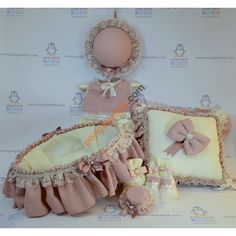Şapkalı Elbise Bebek Odası takımı; el yapımı lalelerle süslenmiş kapı süsü, bebek sepeti ve takı yastığıyla çok şık bir özel tasarım. Pengu Bebek