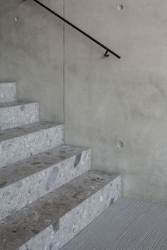 Stairs in Ceppo di Gre and concrete walls - Project NL in Knokke Belgium